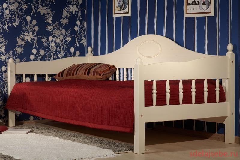 полутороспальная кровать