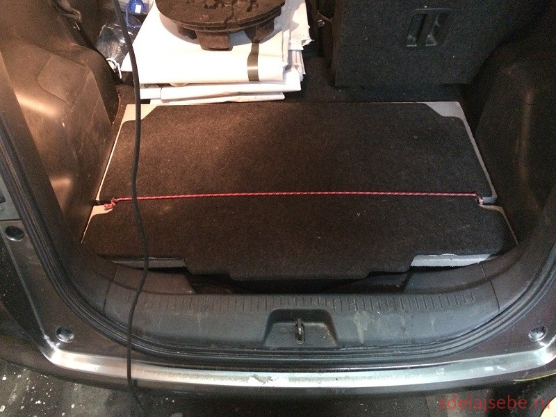 ровный пол в багажнике toyota ractis с газовым оборудованием