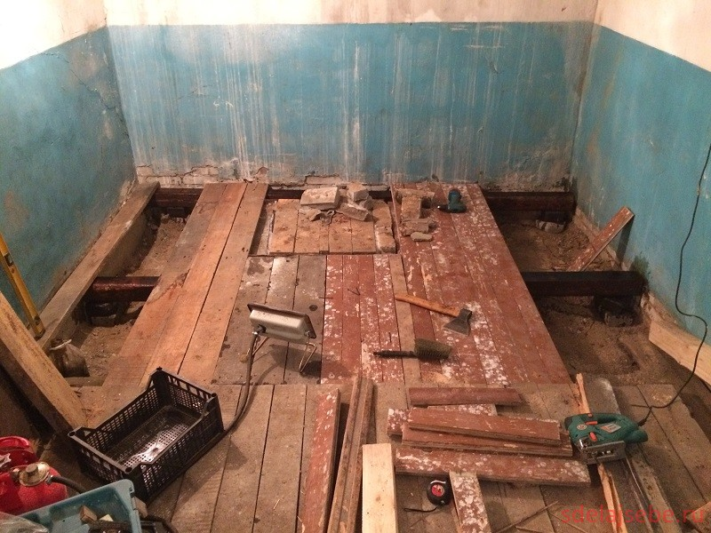 замена половой доски и деревянных лаг в гараже своими руками