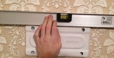как повесить телевизор на стену своими руками