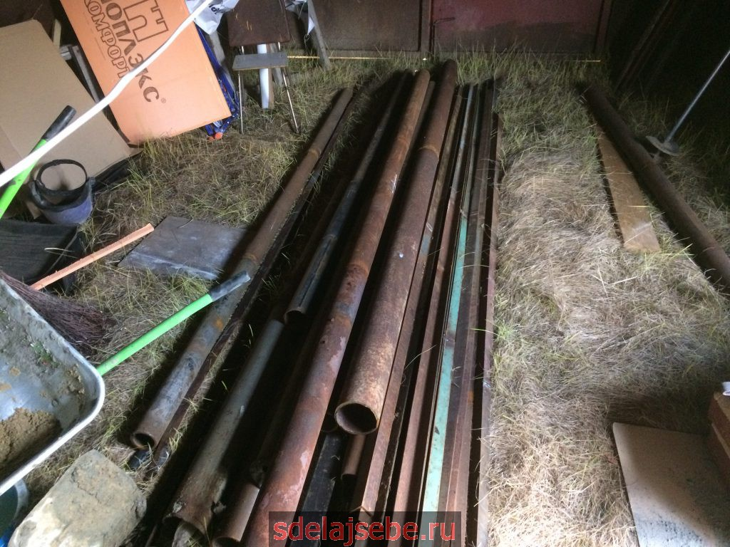 как выбрать трубы для забора, минимальная длина три метра